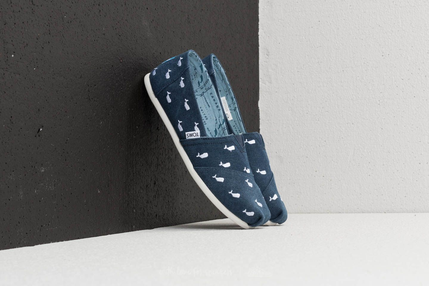 TOMS Wmn Classic Embroidery Navy Whale