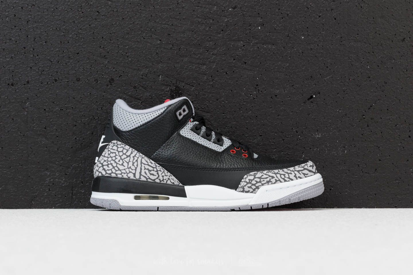 finest selection 393f6 170e1 Air Jordan 3 Retro OG BG Black  Fire Red-Cement Grey at a great