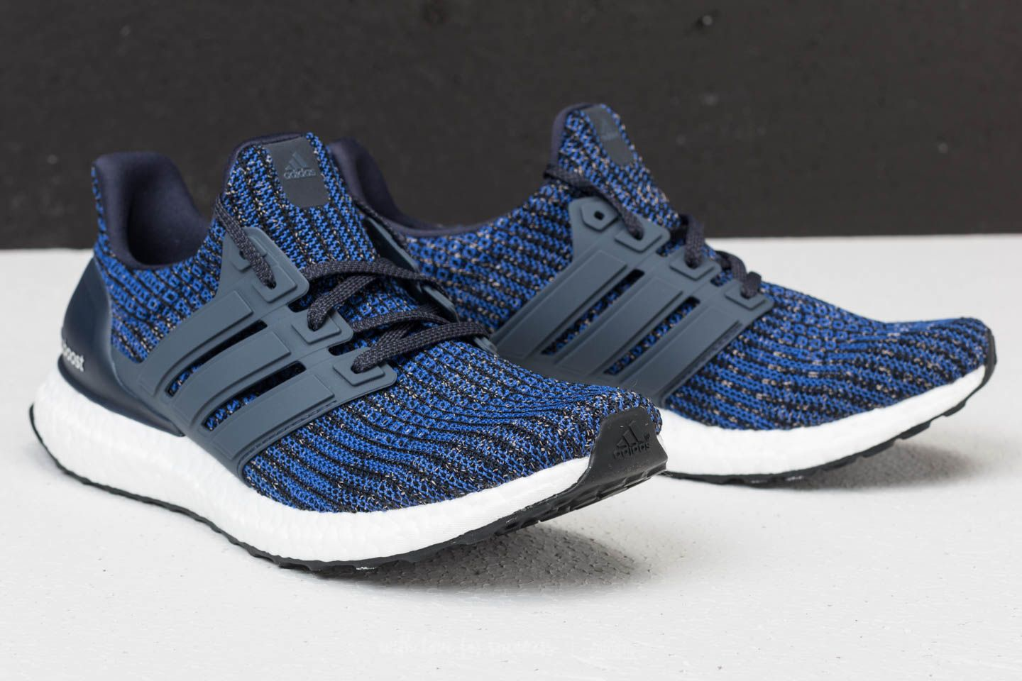 wholesale dealer 20d7d 6b30c adidas Ultraboost Blue/ Carbon/ Legend Ink | Footshop