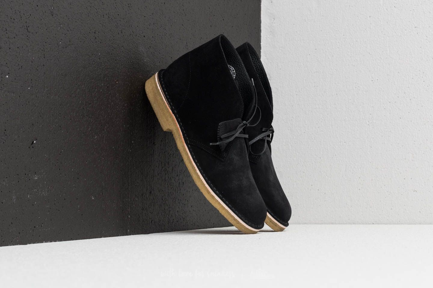 Мъжки кецове и обувки Clarks Originals Desert Boot Black Suede