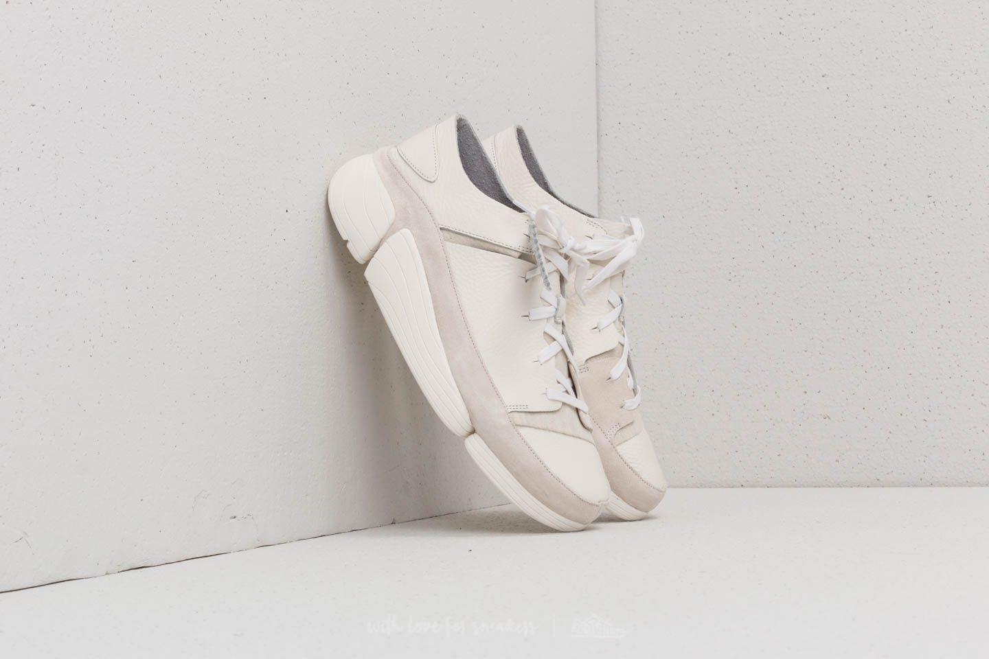 Clarks Originals Trigenic Evo White Leather at a great price $108 buy at Footshop