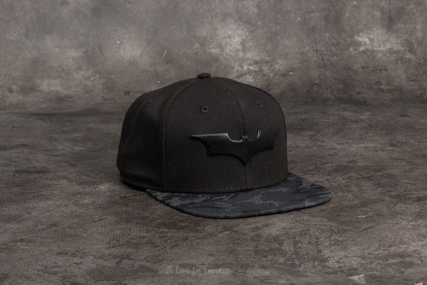 New Era 9Fifty Camo Metallic Hero Batman Snapback Black  5e41583aedc