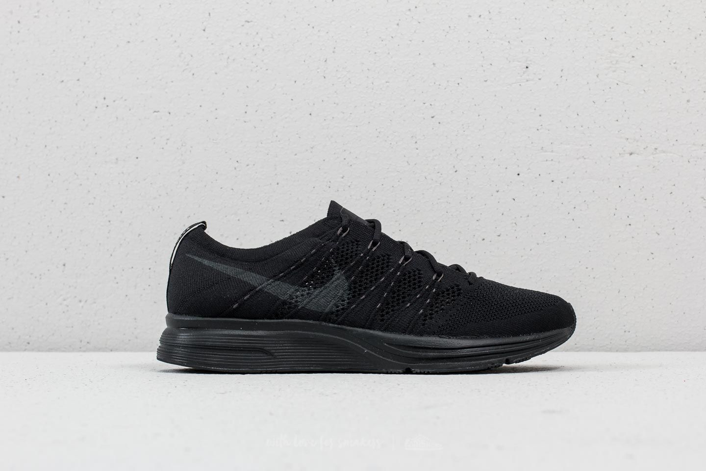 c15b6015e33c Nike Flyknit Trainer Black  Anthracite-Black at a great price 165 € buy at