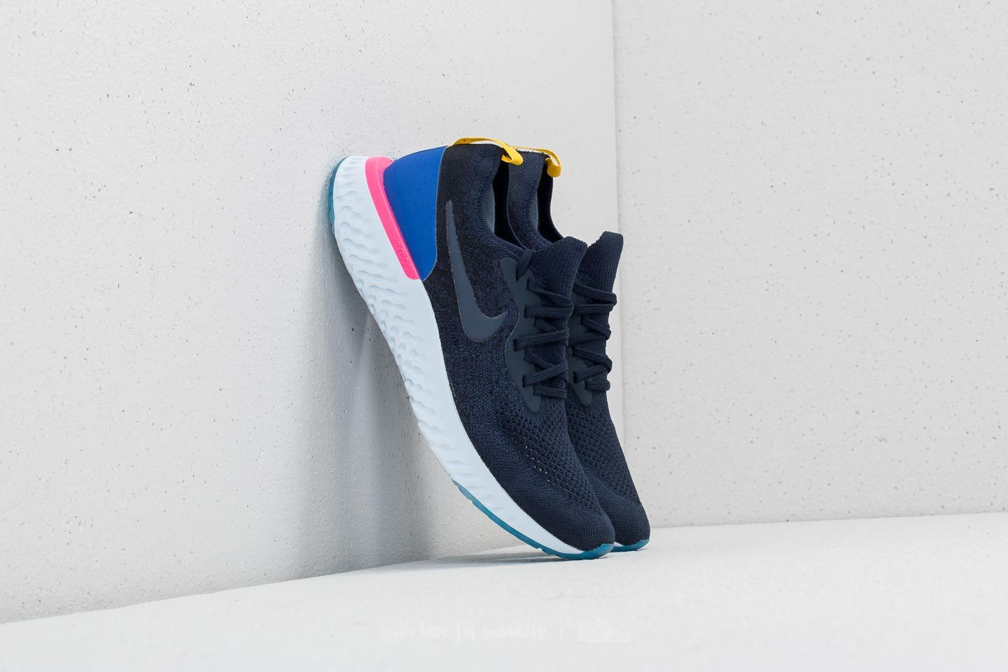 5ddca3c986f Nike Epic React Flyknit College Navy  College Navy