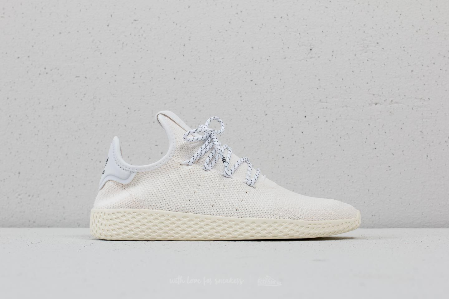 super popular 0b9b9 44b68 adidas x Pharrell Williams Human Race HOLI Tennis BC Cream ...