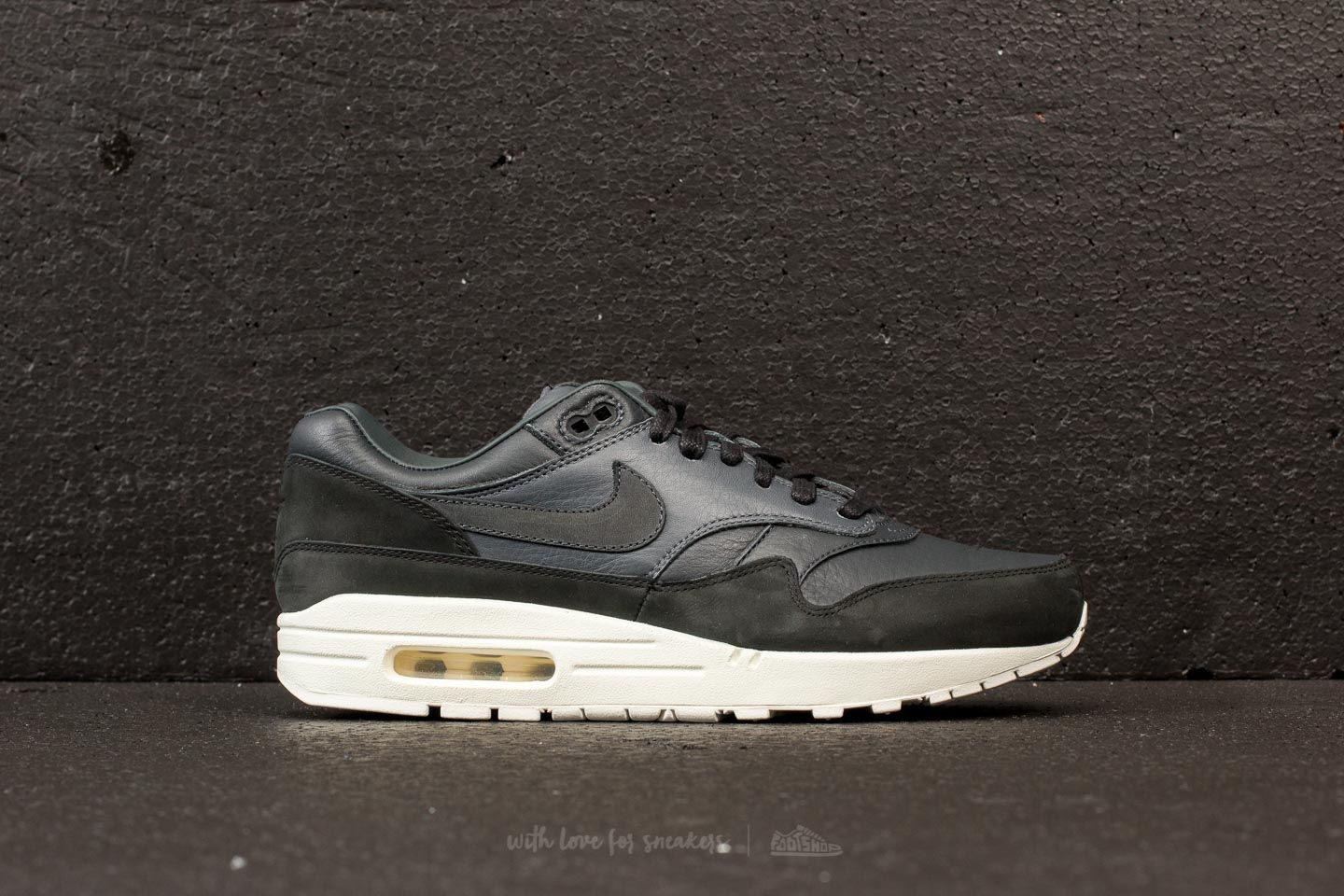 half off 4a58f b5bf7 NikeLab Air Max 1 Pinnacle Black Anthracite-Dark Grey au meilleur prix 114  €