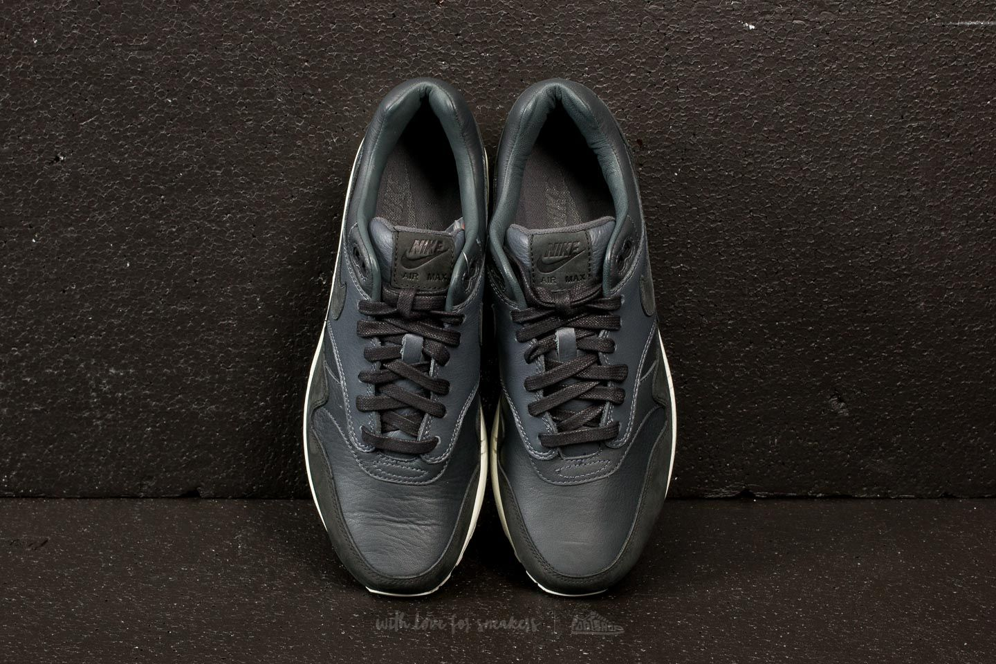 NikeLab Air Max 1 Pinnacle Black  Anthracite-Dark Grey a prezzo eccezionale  116 € 5b517ed9b