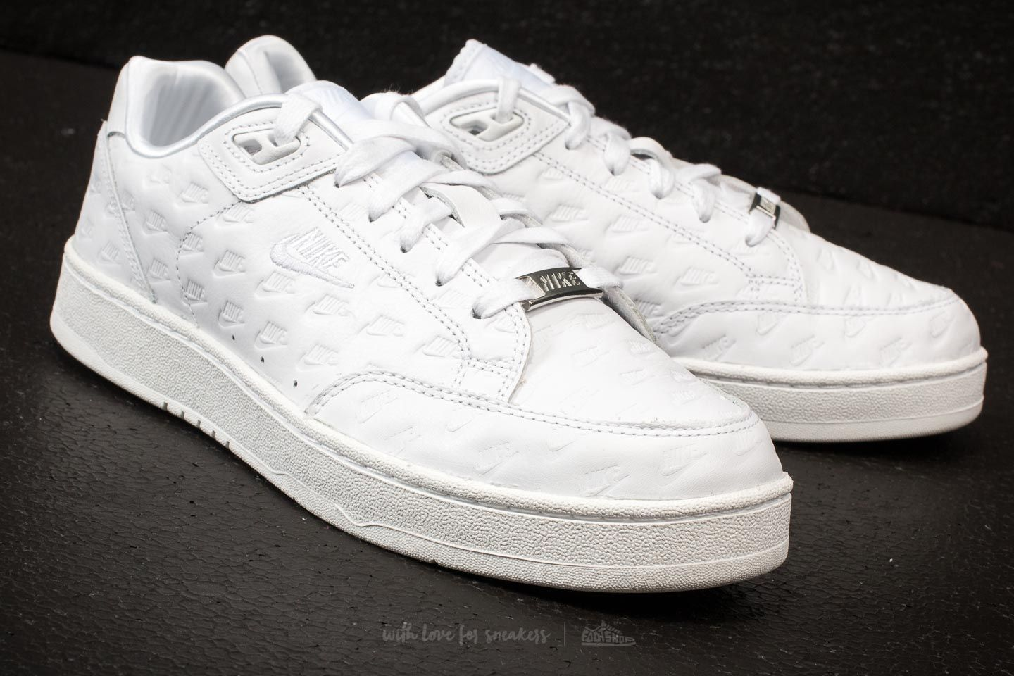 new product db457 d06fe Nike Grandstand II Pinnacle White/ White,Matte Silver at a great price 109  \u20ac ...