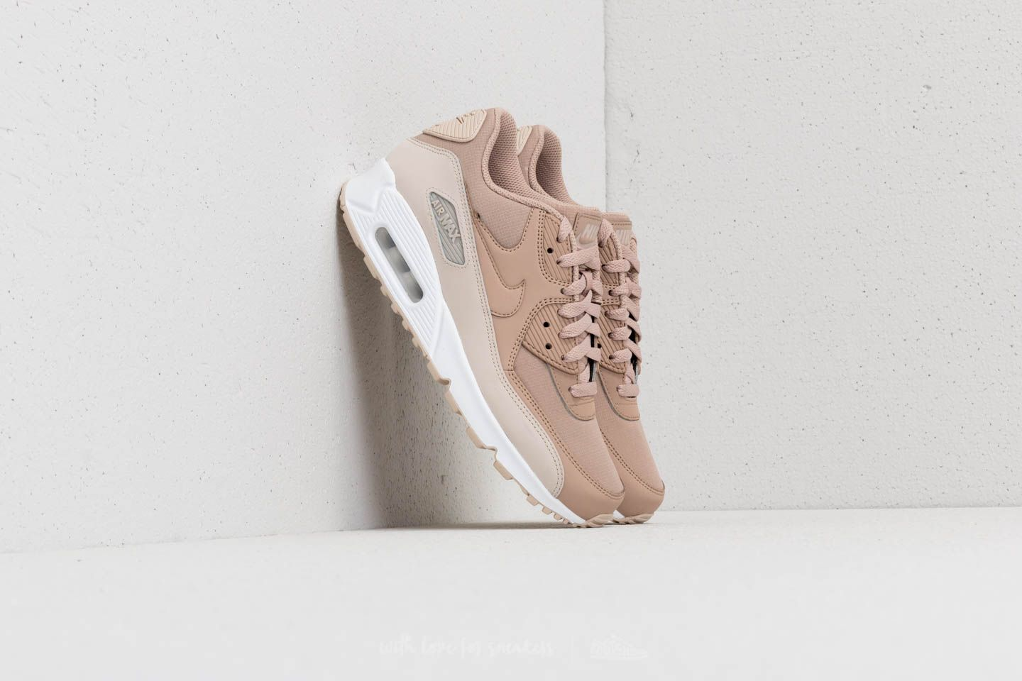 best sneakers 2ec83 0796a Nike Air Max 90 Essential. Desert Sand  Sand-White