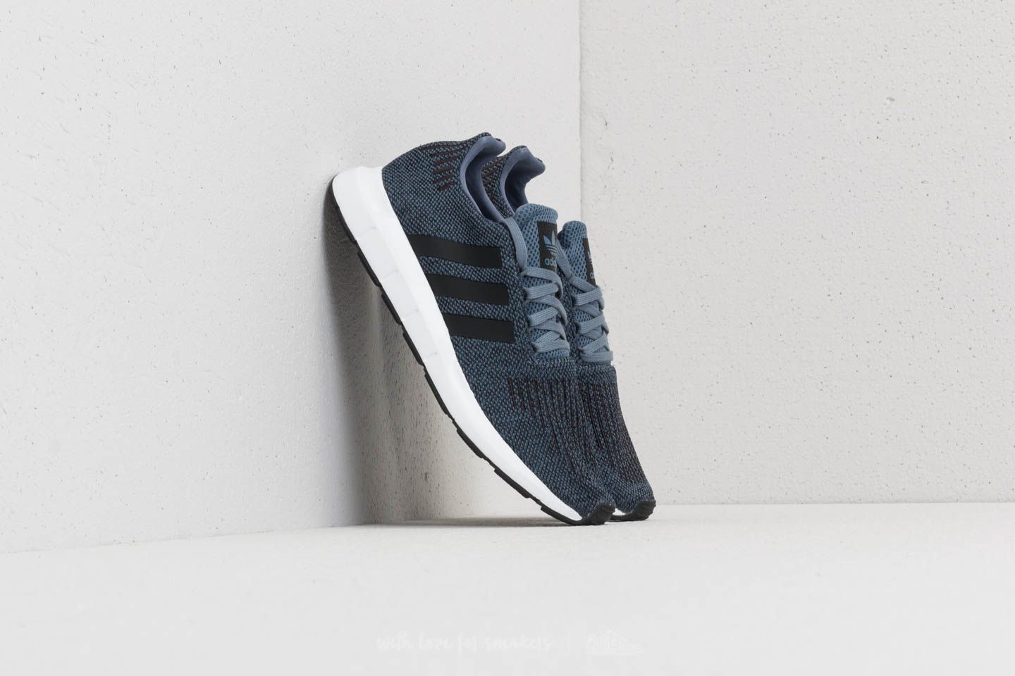 adidas Swift Run Raw Steel/ Core Black/ Ftw White
