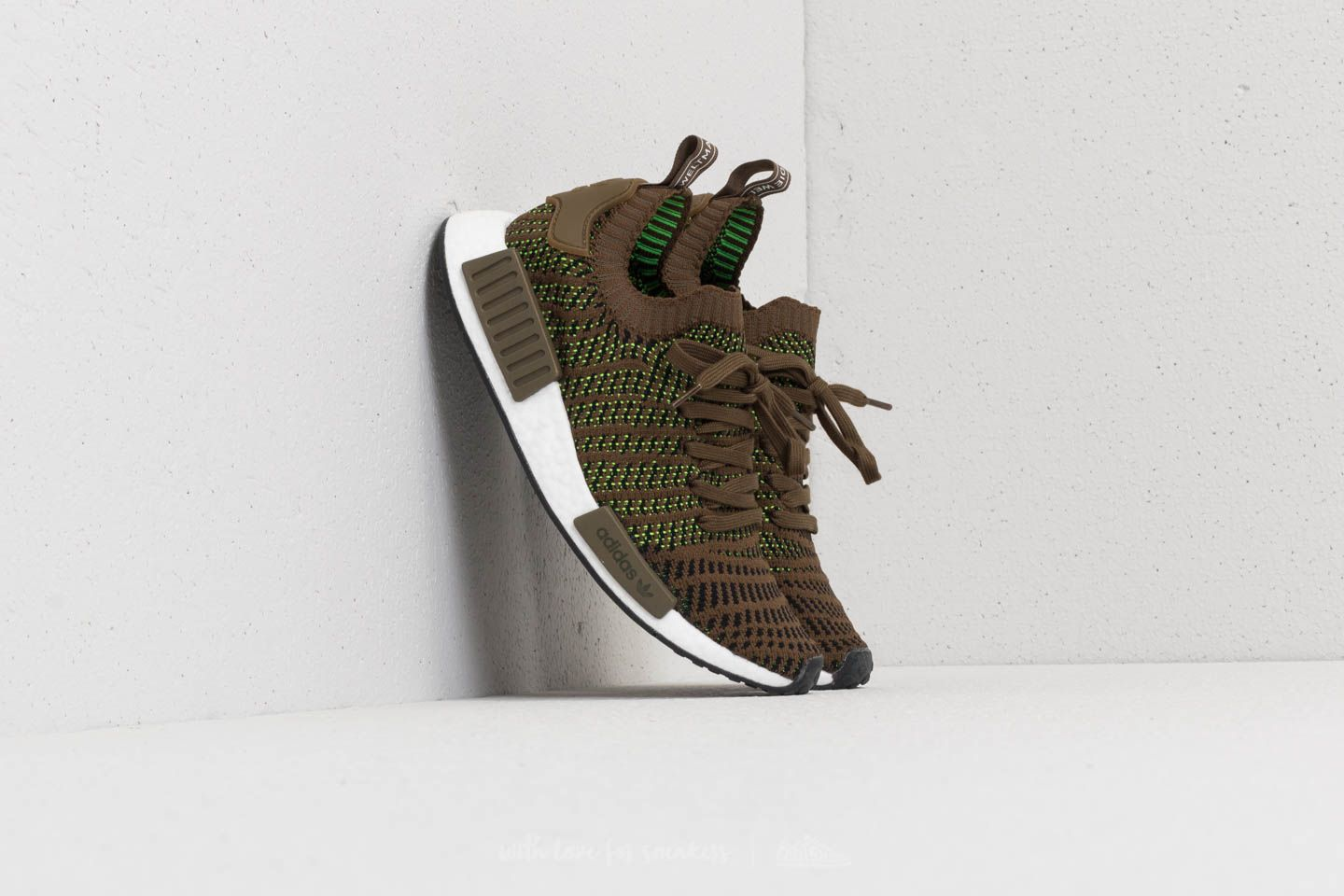 reputable site 9dcee 337ba adidas NMDR1 STLT Primeknit. Trace Olive Core Black ...