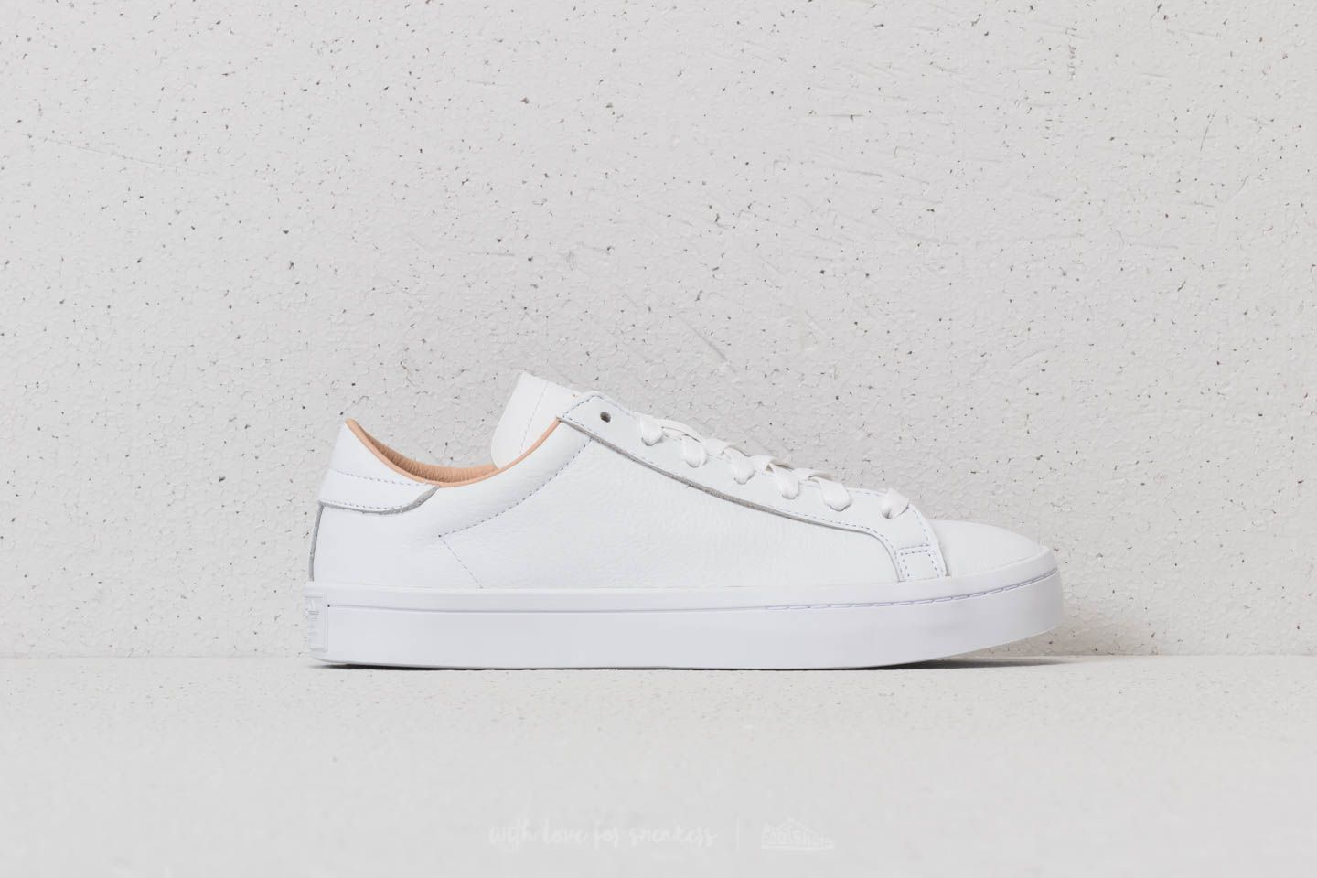 online store ff5e2 bb243 adidas Courtvantage Ftw White Ftw White Supplier Colour at a great price  99 €