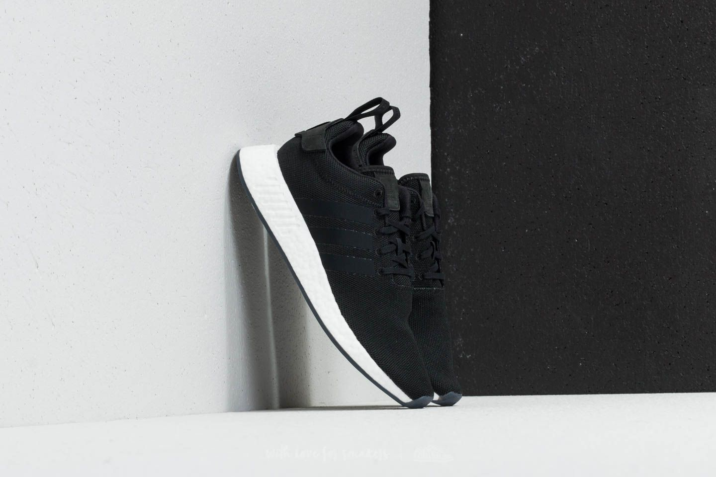 512884067 adidas NMD R2 Core Black  Core Black  Core Black at a great price 139 €