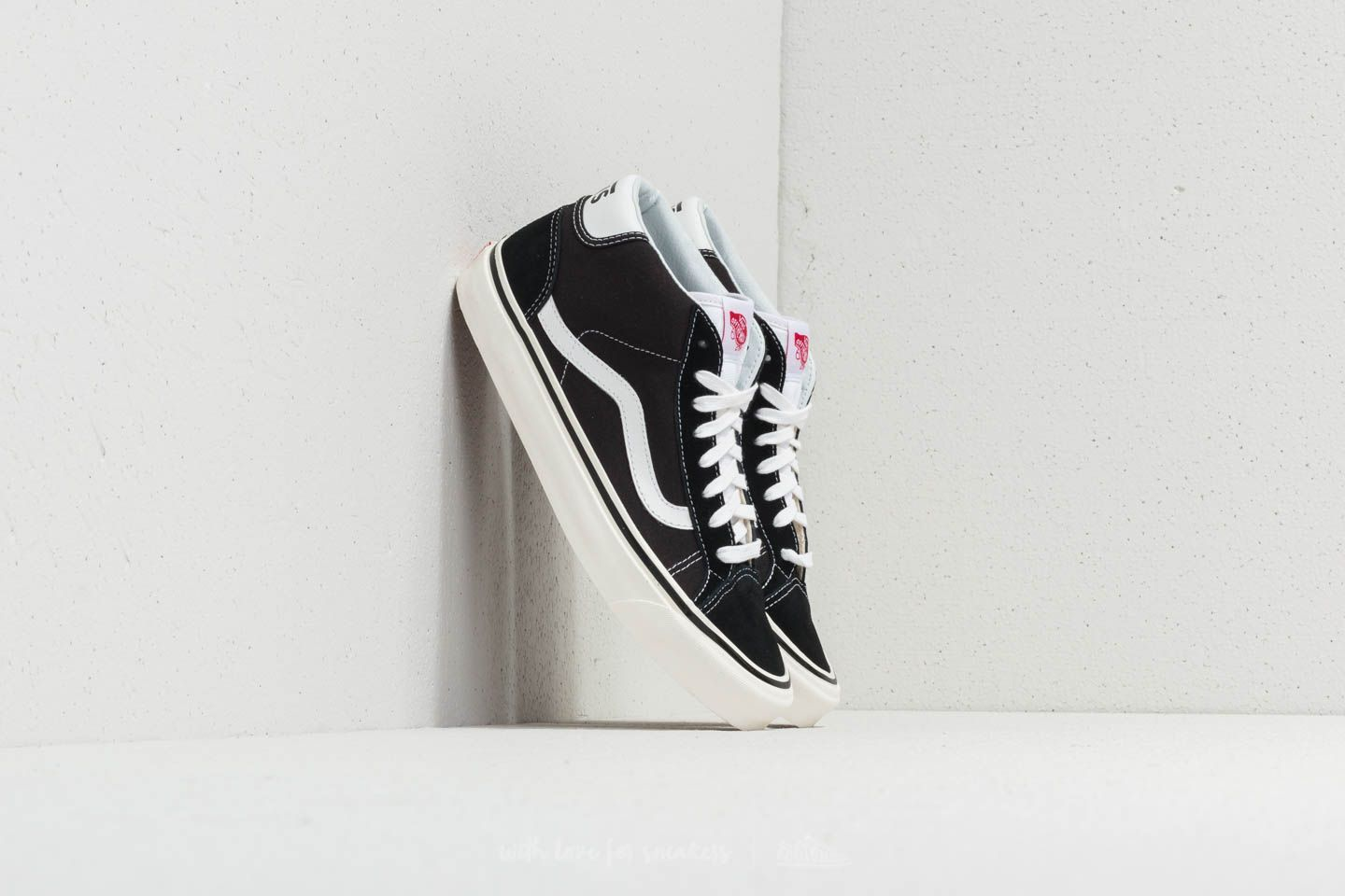bd7fa29b124eb0 Vans Mid Skool 37 DX (Anaheim Factory) Black  White