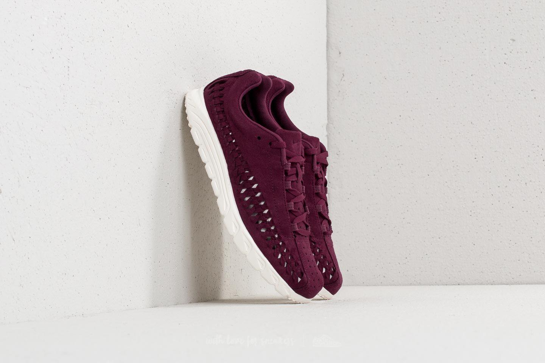 Nike Mayfly Woven Bordeaux/ Sail za skvělou cenu 2 390 Kč koupíte na Footshop.cz