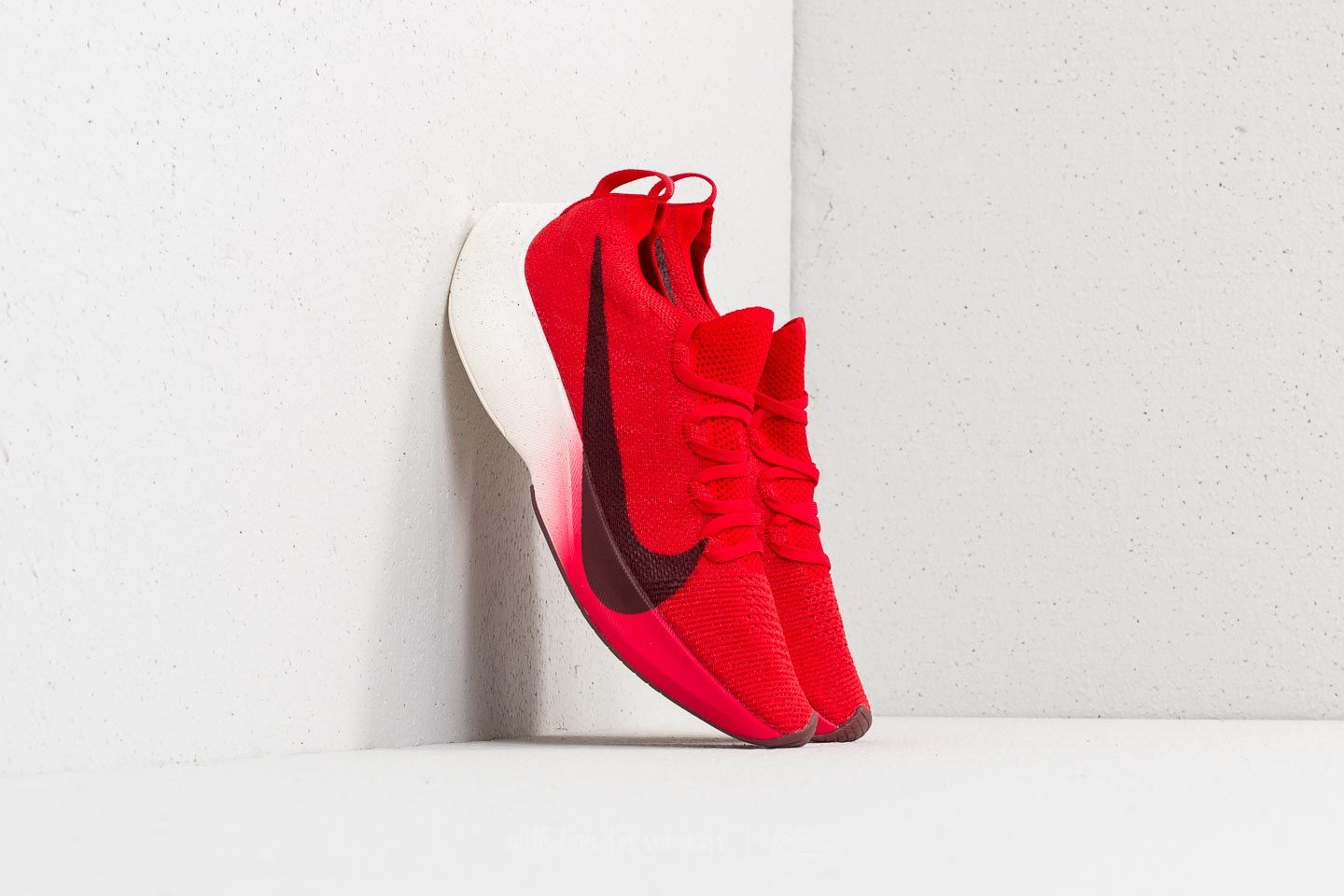 d0edede43abe Nike React Vapor Street Flyknit University Red  Dark Team Red