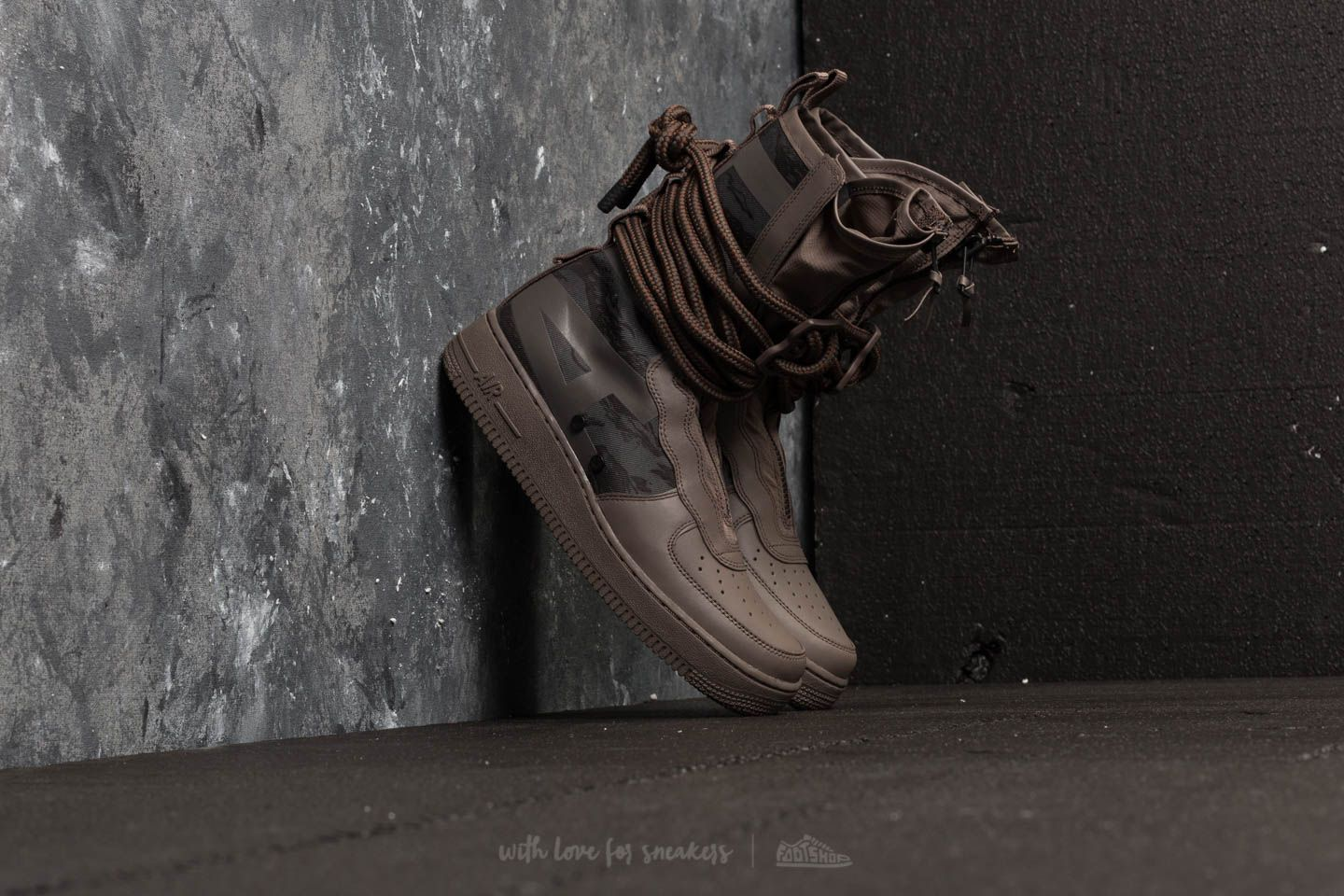 Nike Air Force 1 SF Hi Ridgerock  Black-Sequoia  45e5b3270ba3