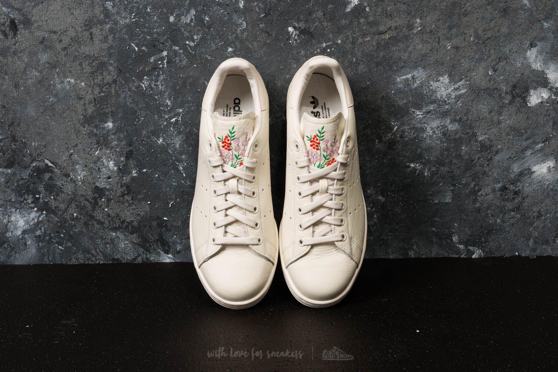 d3cd9729e0d5 adidas Stan Smith Chalk White  Chalk White  Chalk Pearl W super cenie 323 zł