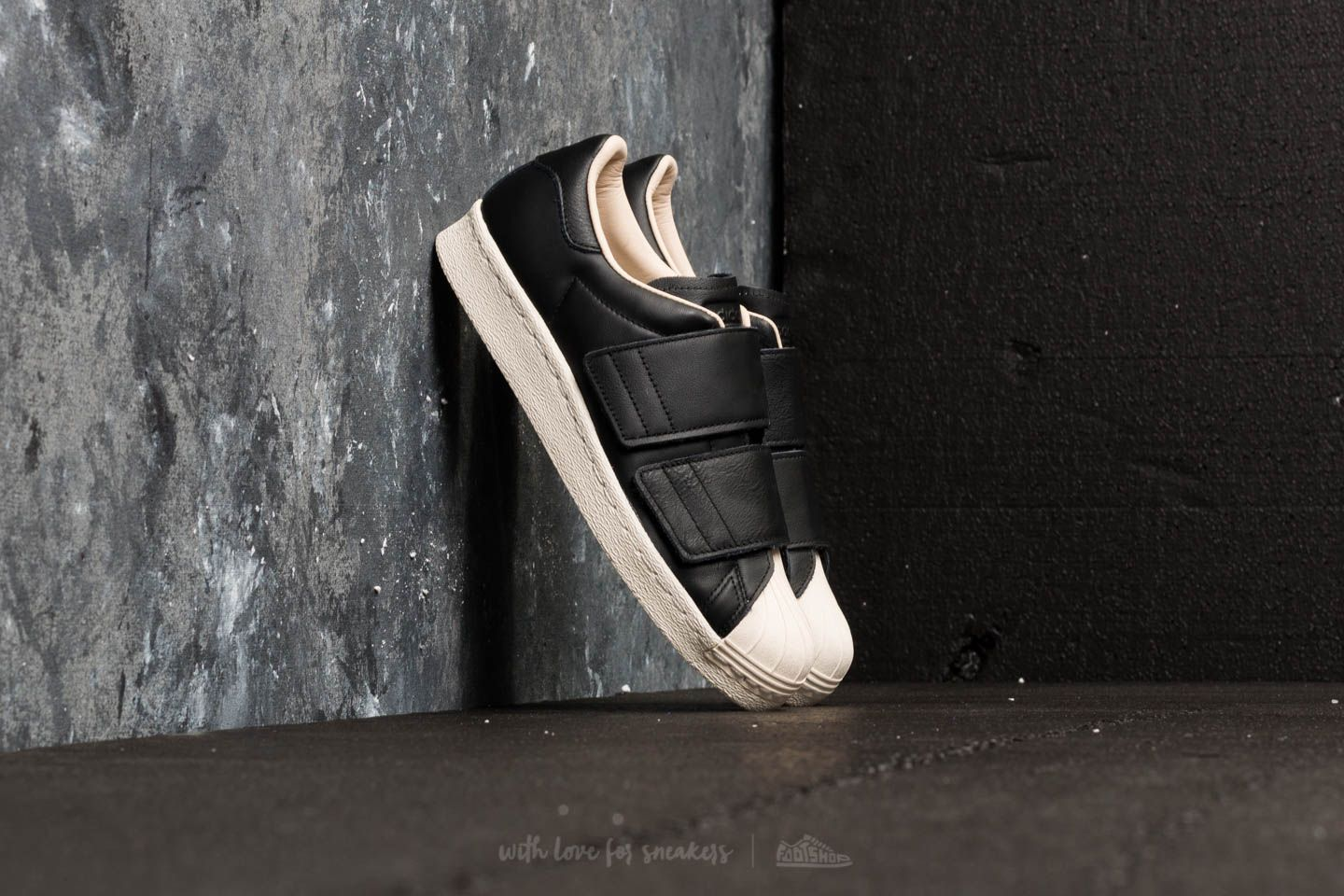 a32cc4df397 adidas Superstar 80s CF W Core Black  Core Black  Linen at a great price