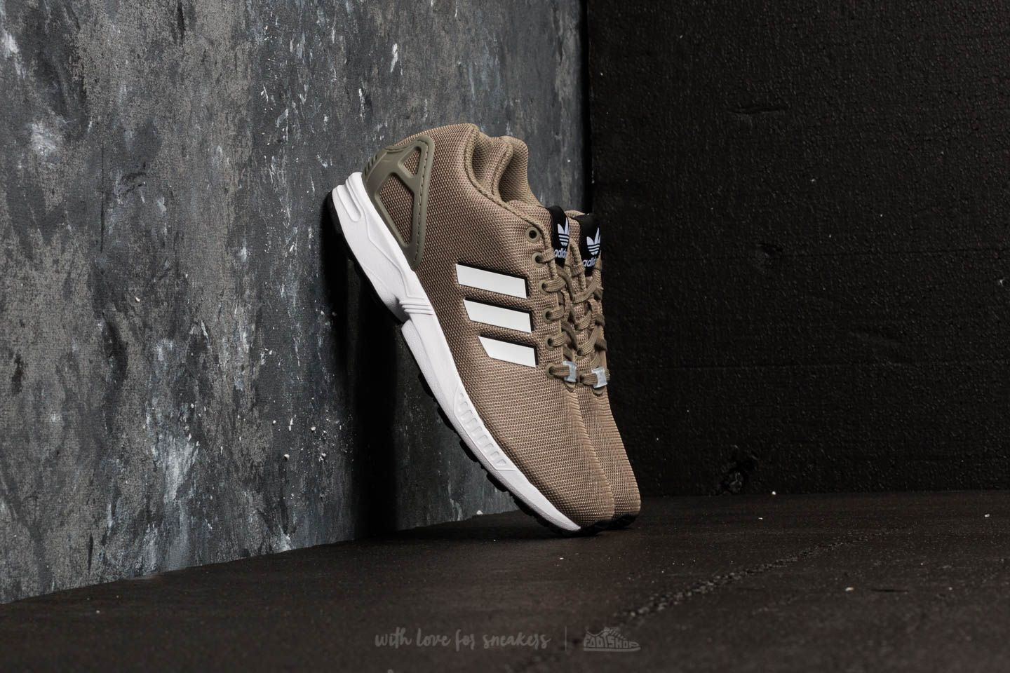 Men's shoes adidas ZX Flux Trace Cargo/ Ftw White/ Core Black