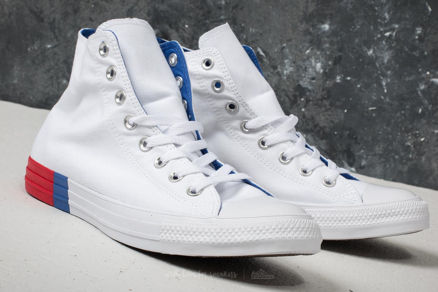 452f7d90852d8d Converse Chuck Taylor All Star Hi White  Red  Blue at a great price £