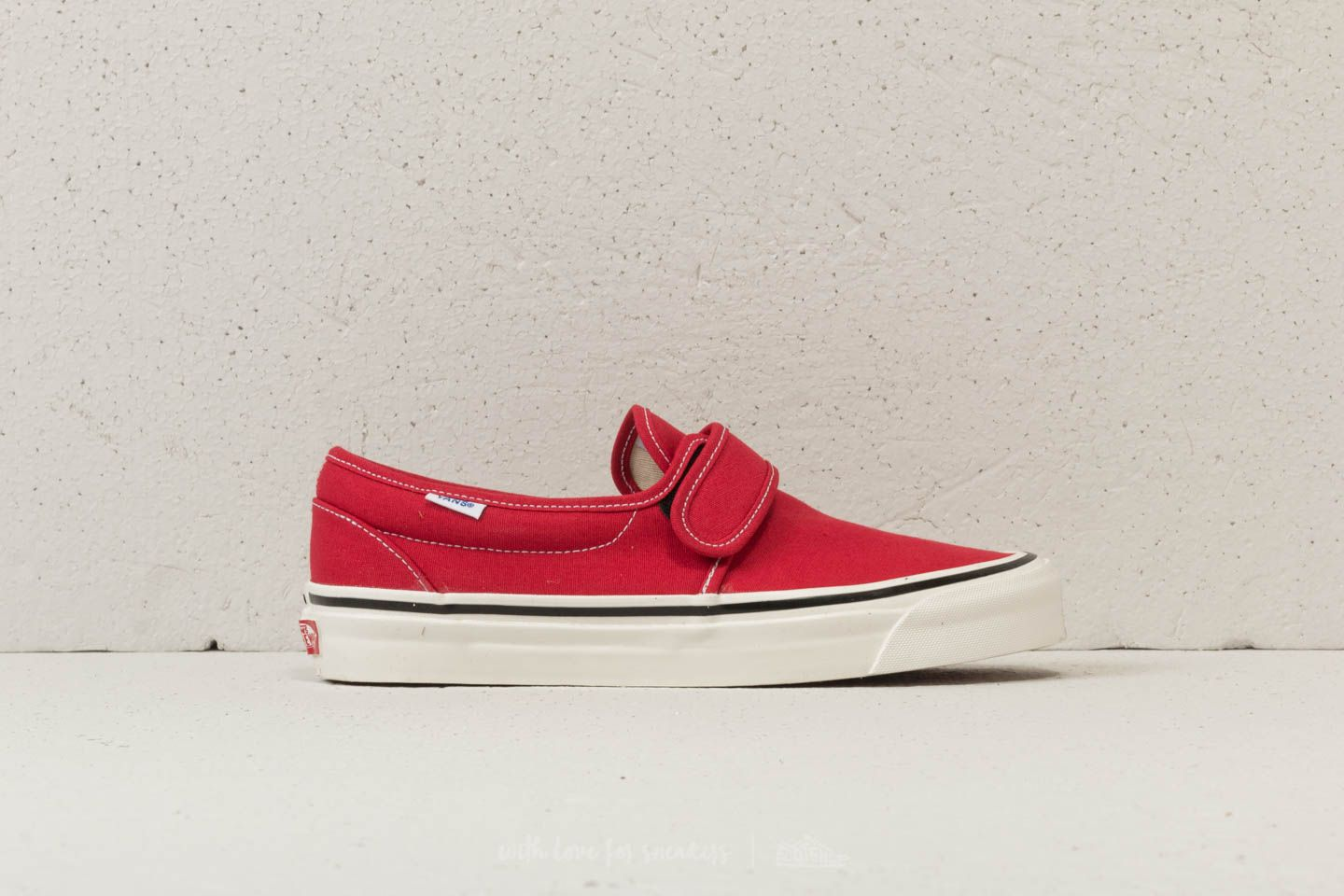 996dc06e945ccd Vans Slip-On 47 V DX (Anaheim Factory) OG Red at a great