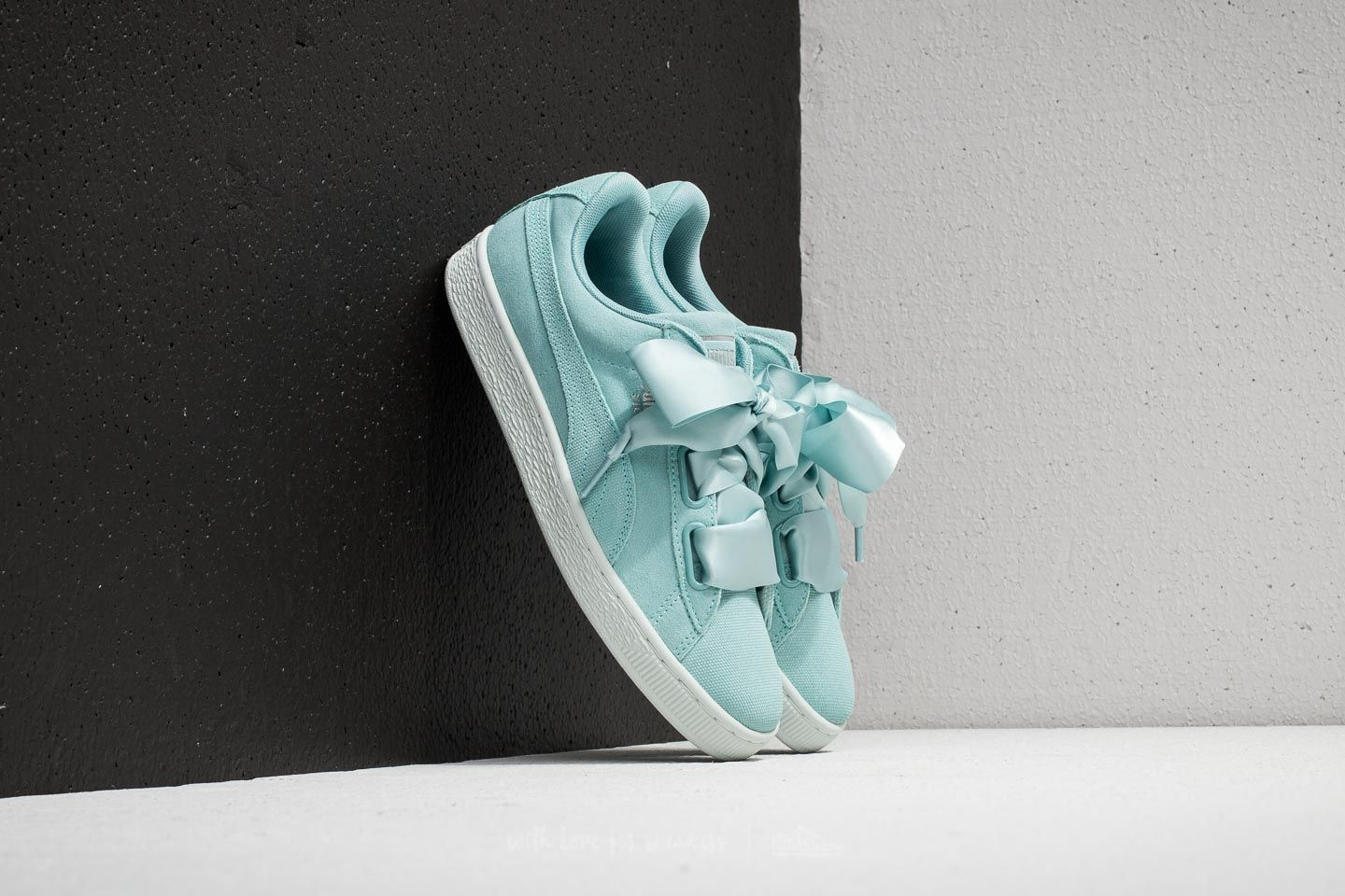 separation shoes c1939 fc78c Puma Suede Heart Pebble Wn s Aquifer  Blue Flower at a great price 54 € buy