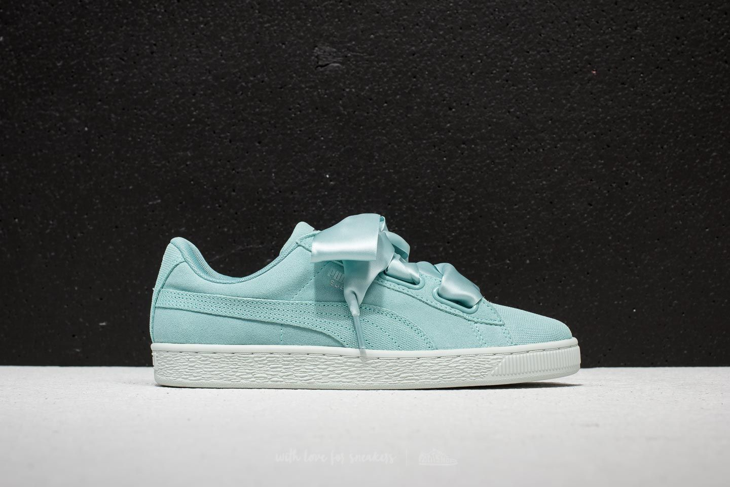 Puma Suede Heart Pebble Wn s Aquifer  Blue Flower at a great price 59 € buy d3feb1b44