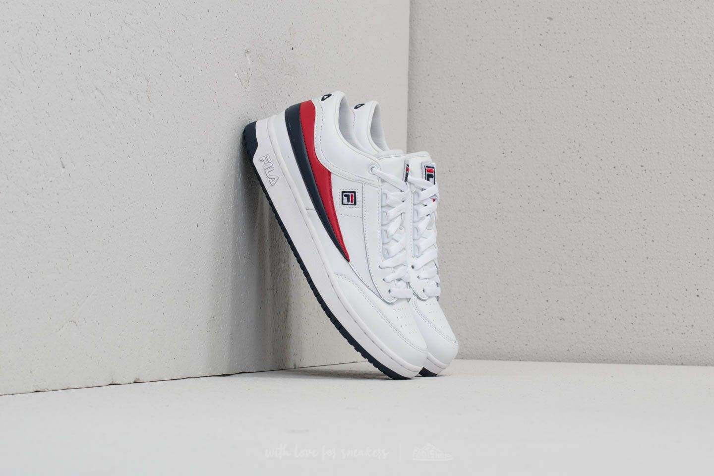 Fila T-1 MID White/ Fila Navy/ Fila Red