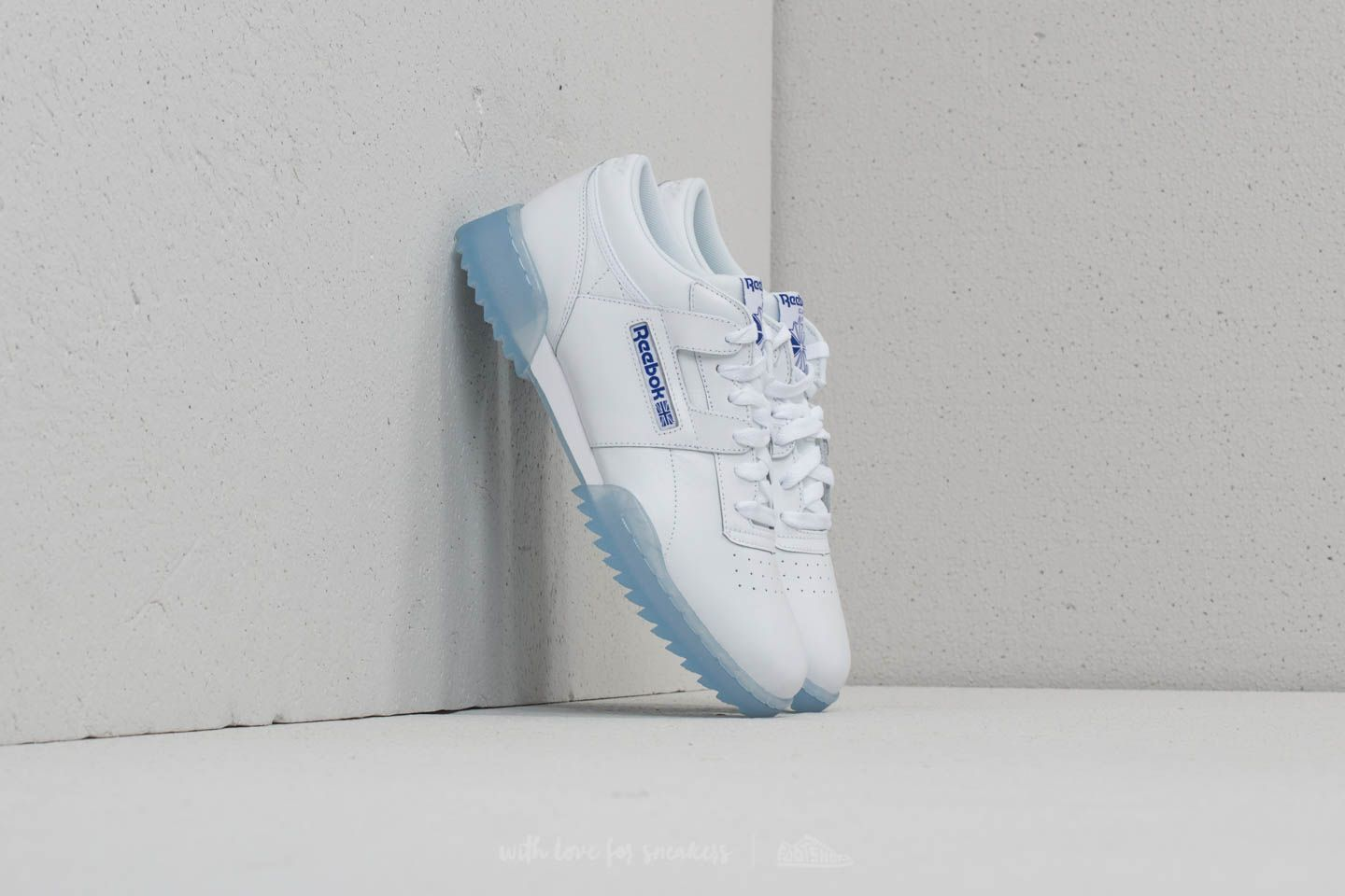 Reebok Workout Clean Ripple Ice White  Acid Blue-Ice  b99eb844f