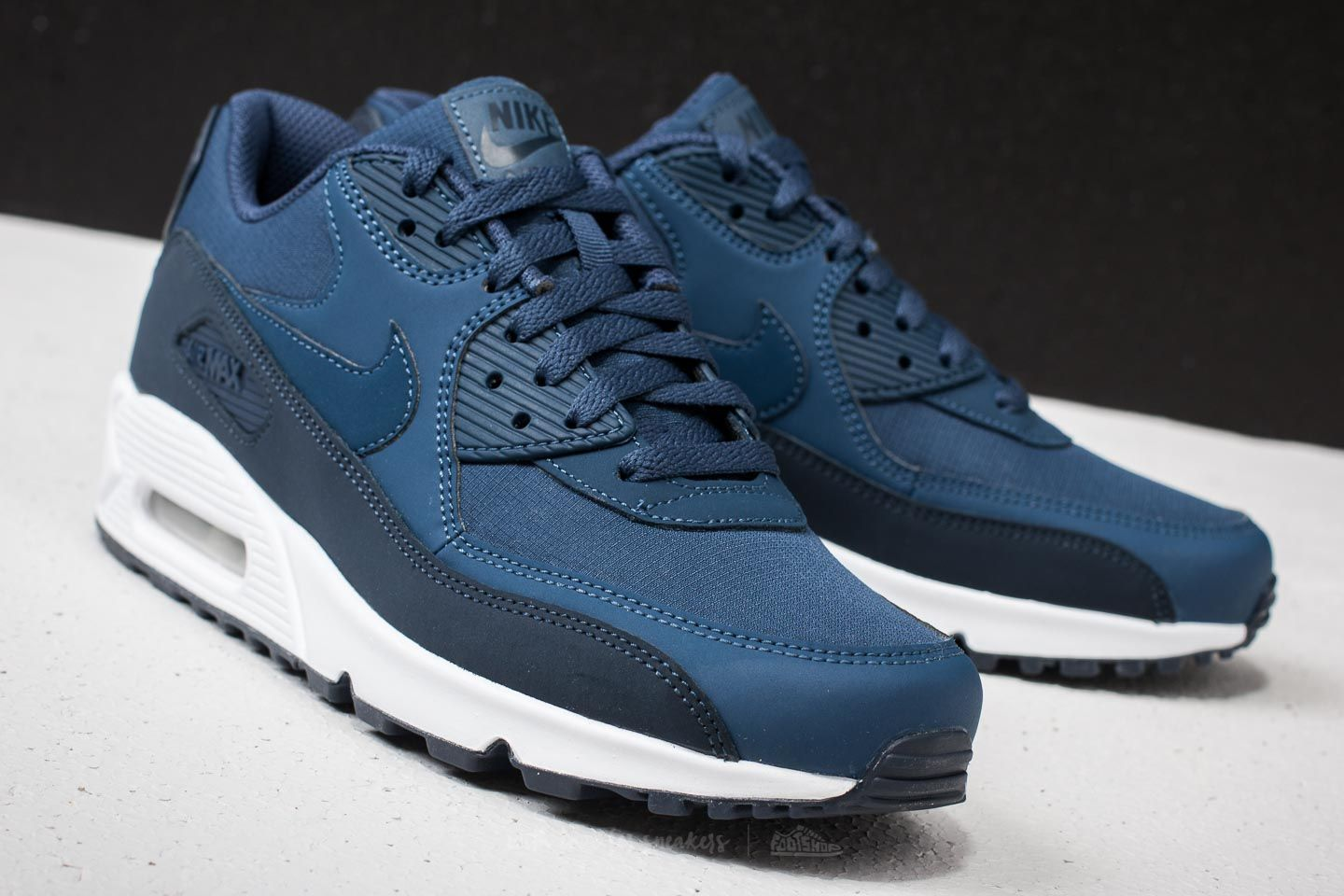 85d6c5f7337 Nike Air Max 90 Essential Obsidian/ Navy-White | Footshop