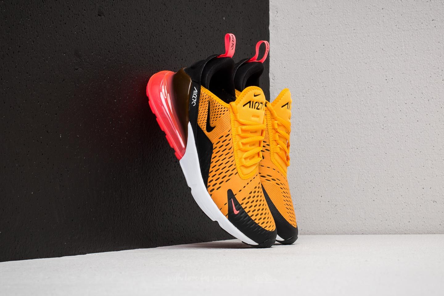 Nike Air Max 270 Black  University Gold  640c93eea