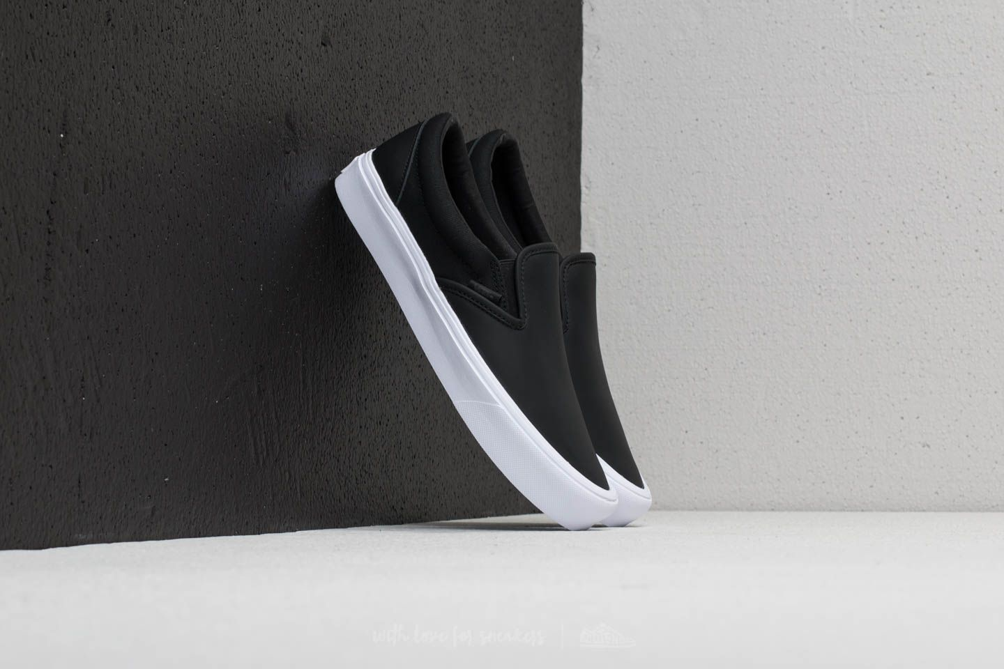 Vans Slip-On Lite (Rains) Black  True White  c9eb97a5e