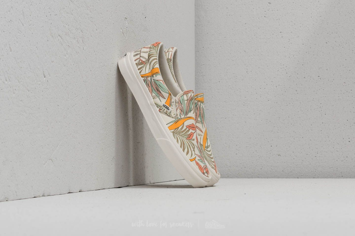 Vans Classic Slip-On (California Floral) Marshmellow  7f55b2d777