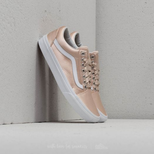 Vans Old Skool (Satin Lux) Blush True White | Footshop