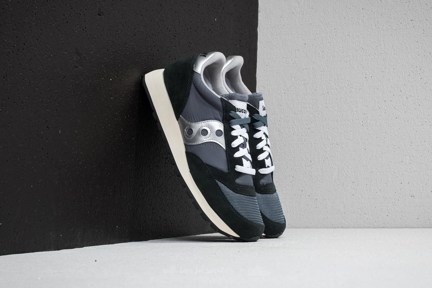 aab02e829117 Saucony Jazz Original Vintage Blue  Navy  Silver at a great price 63 € buy