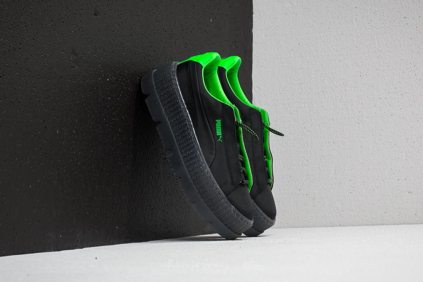 8ecafebf2fe6c6 Puma Fenty x Rihanna Cleated Creeper Surf Wn´s Puma Black  Green Gecko