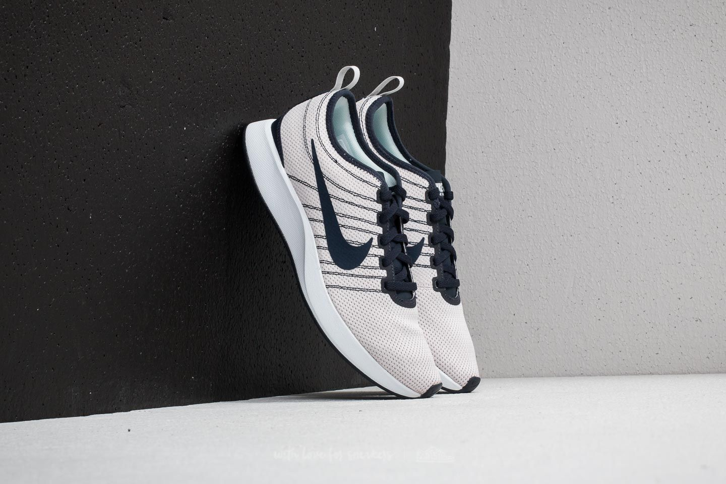 83c815b4309 Nike Wmns Dualtone Racer Barely Grey  Obsidian at a great price 55 € buy at