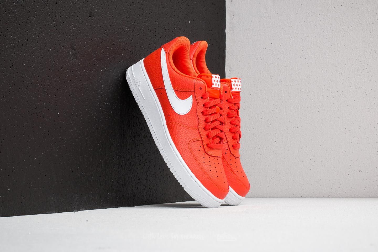 Nike Air Force 1 '07 Team Orange/ White