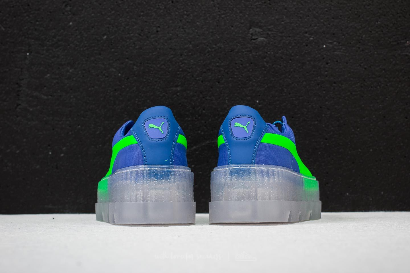 free shipping 76d75 d7959 Puma Fenty x Rihanna Cleated Creeper Surf Wn´s Dazzling Blue ...