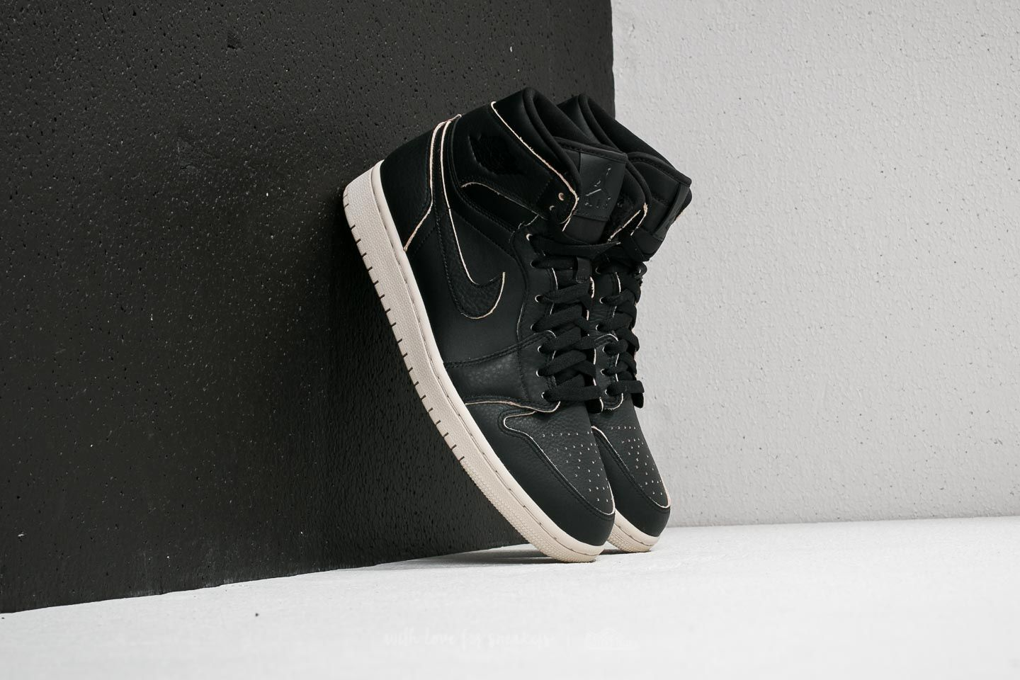 09501a7167e43a Air Jordan 1 Retro High Premium Black  Black  Desert Sand