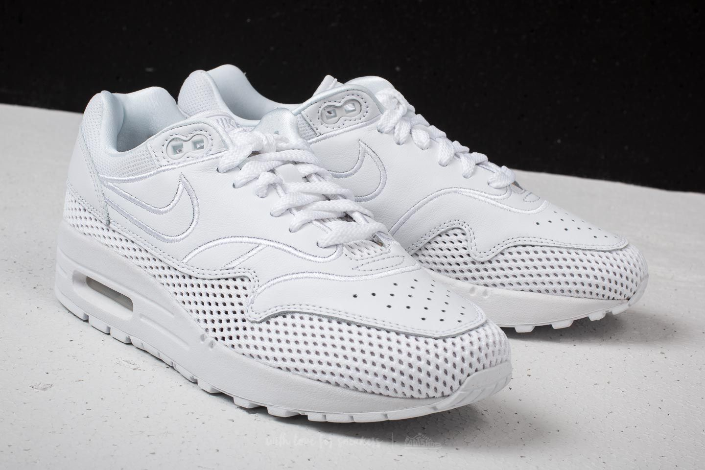 Nike Wmns Air Max 1 SI White  White-Vast Grey at a great price 47828a306d