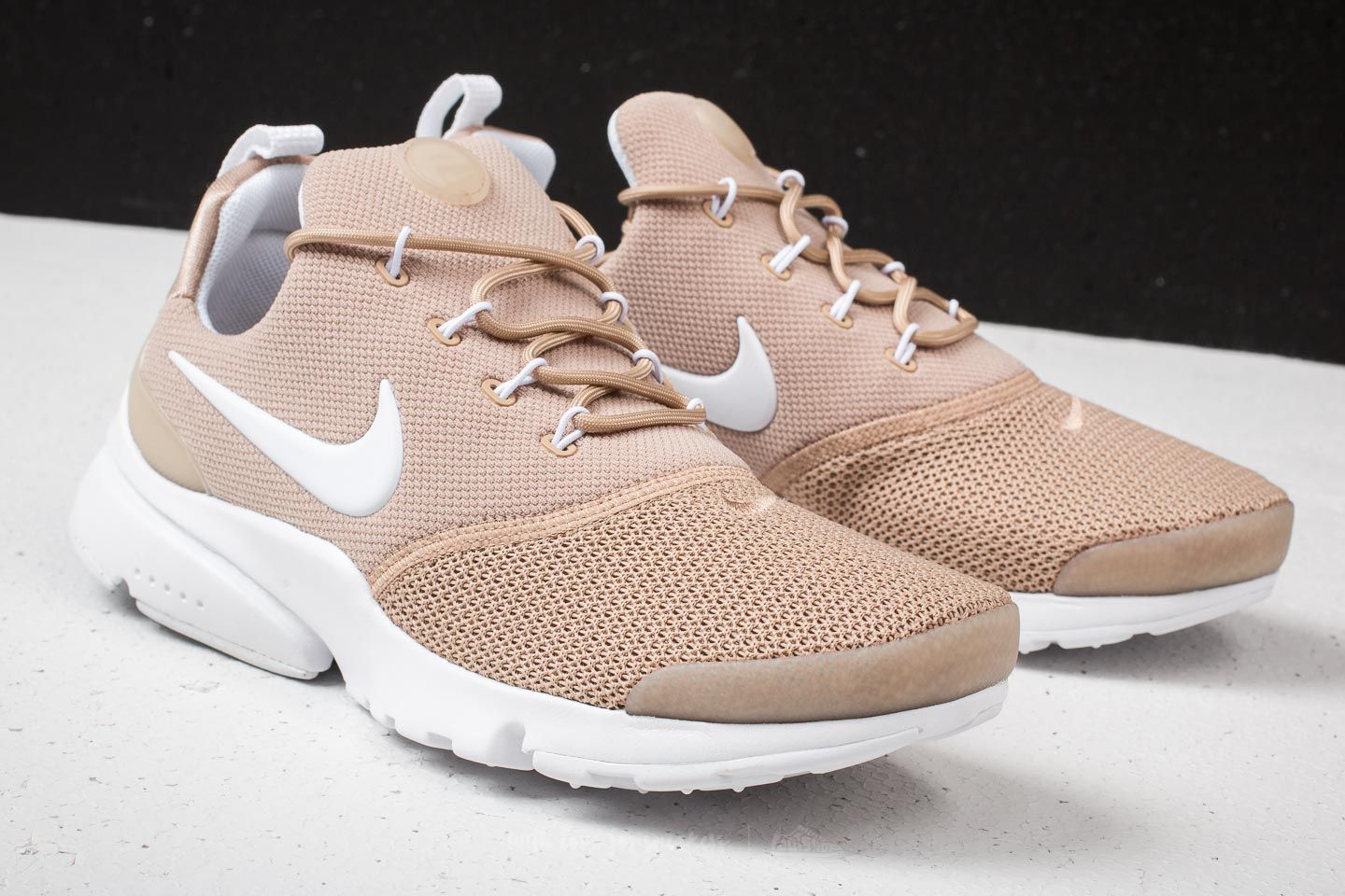 Women's shoes Nike Wmns Presto Fly Sand