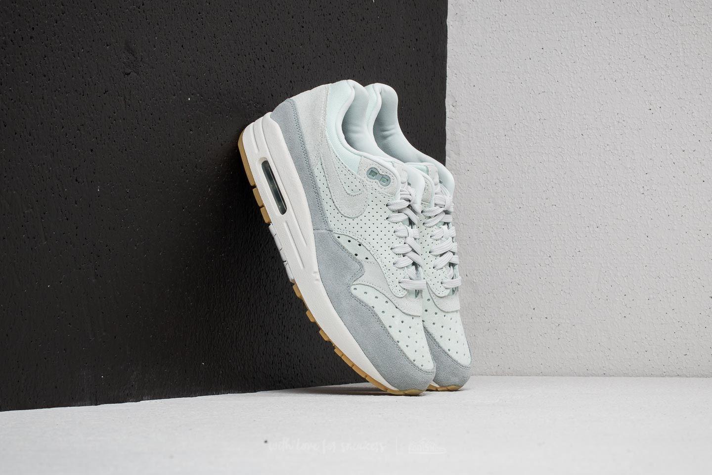Nike Wmns Air Max 1 Premium Barely Grey/ Barely Grey za skvělou cenu 3 790 Kč koupíte na Footshop.cz