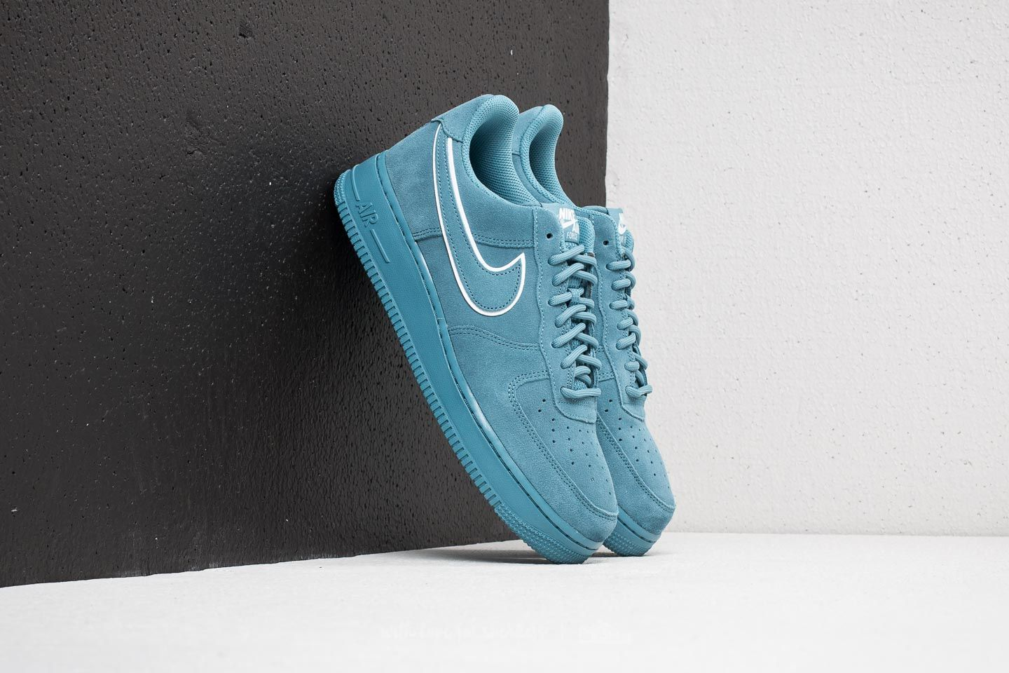 best website f16aa 36446 Nike Air Force 1 ´07 LV8
