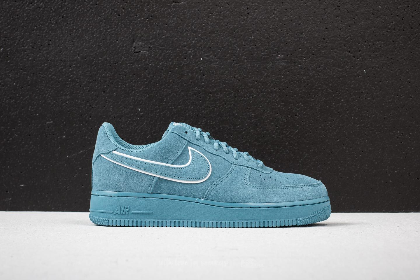 Sneaker basse Nike Donna | Air Force 1 07 LV8 Suede Turchese