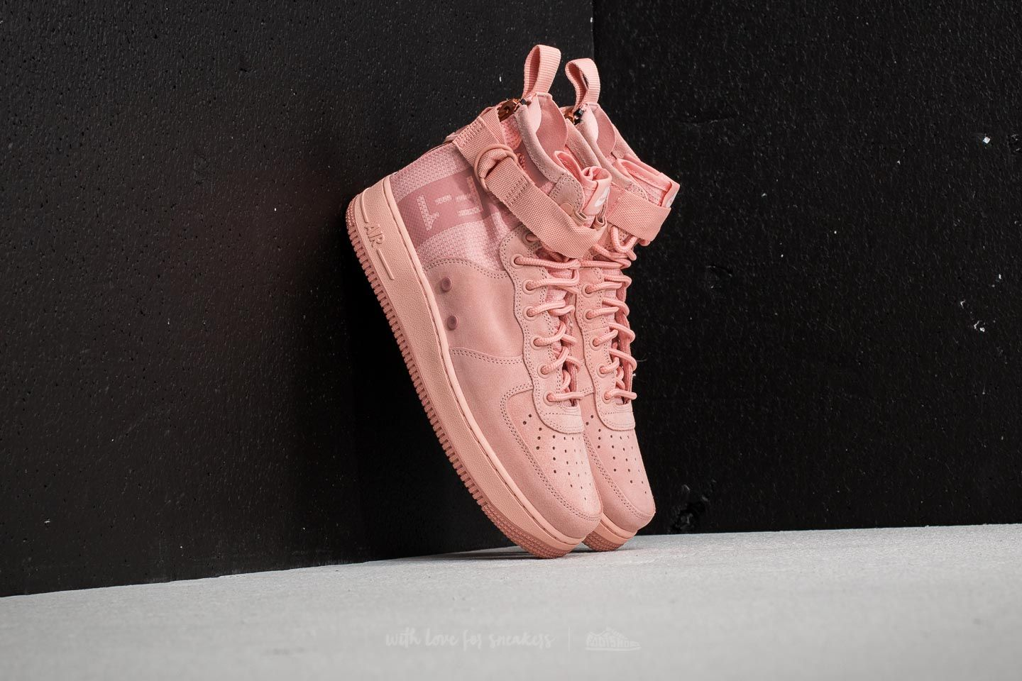more photos 39281 c2388 Nike SF Air Force 1 Mid Suede. Coral Stardust  Red Stardust