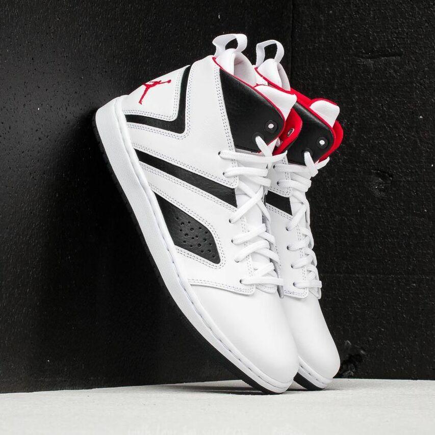 Jordan Flight Legend White / Gym Red/ Black EUR 44
