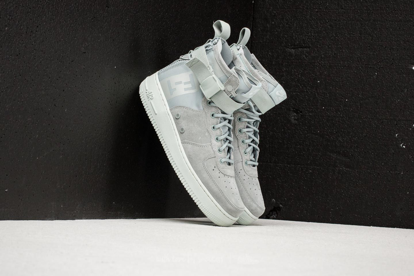 aee4e8c64437 Nike SF Air Force 1 MID W Light Pumice  Light Pumice