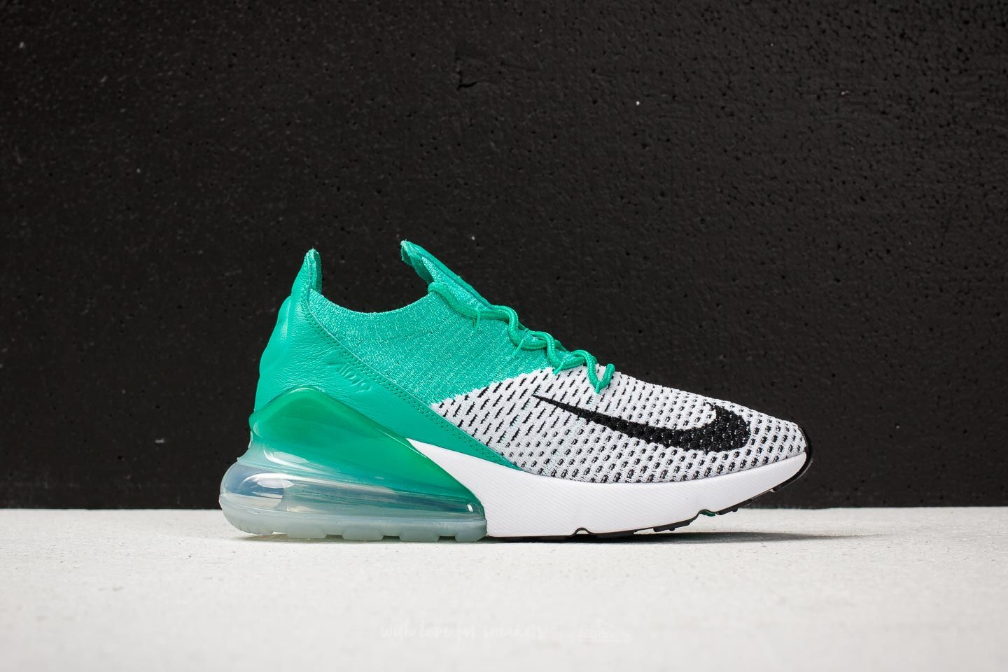 Nike W Air Max 270 Flyknit Clear Emerald/ Black at a great price 169 \u20ac